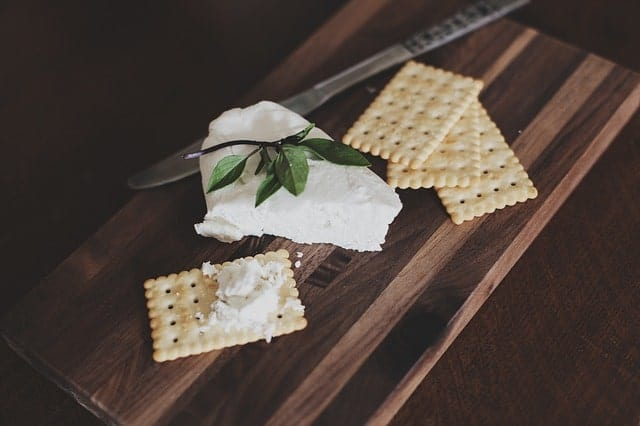 Raw cream cheese with crackers