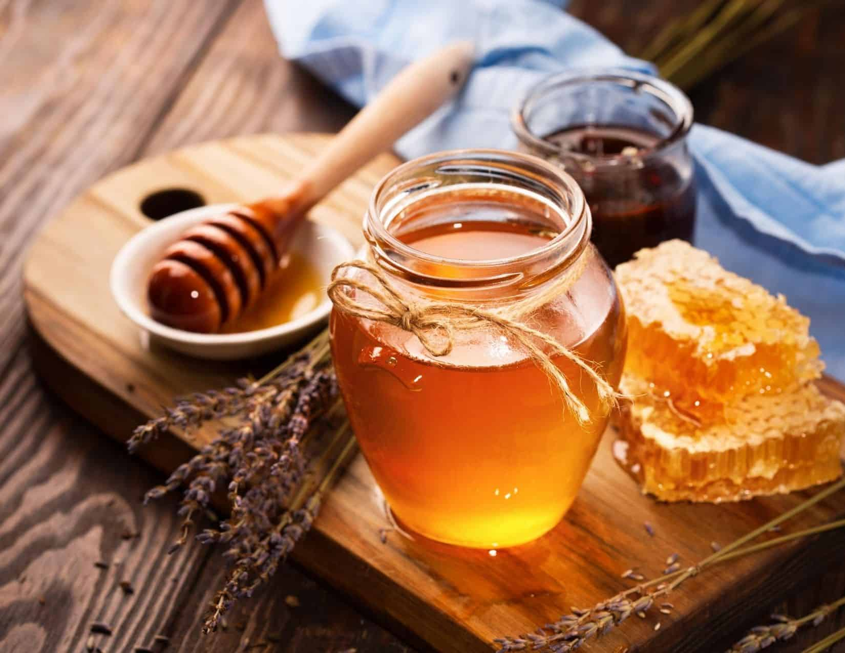 Raw Honey for Natural Allergy Relief